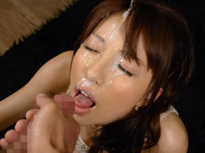 【顔射エロ画像】顔面を精子でドロッドロにされた女の子の表情をご覧ください! 23