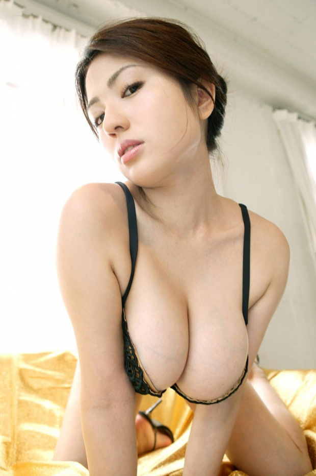 【美熟女エロ画像】上手に年をとった美熟女と言われる熟女たちのエロ画像 11