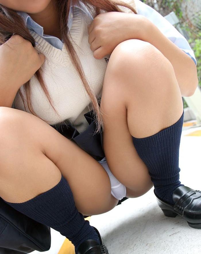 【JKコスプレエロ画像】一見するとリアルJK!?JK制服が似合いすぎる女の子たち! 02