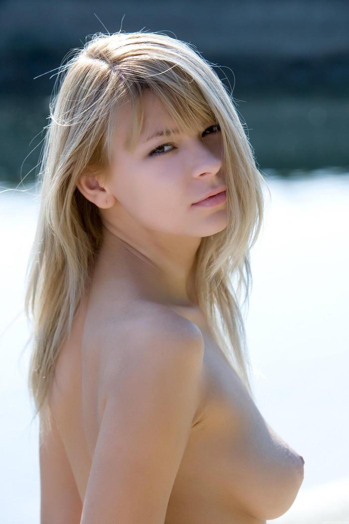 【海外美女エロ画像】こんな外国人女性とヤレるならそれだけで勝ち組決定!w 09