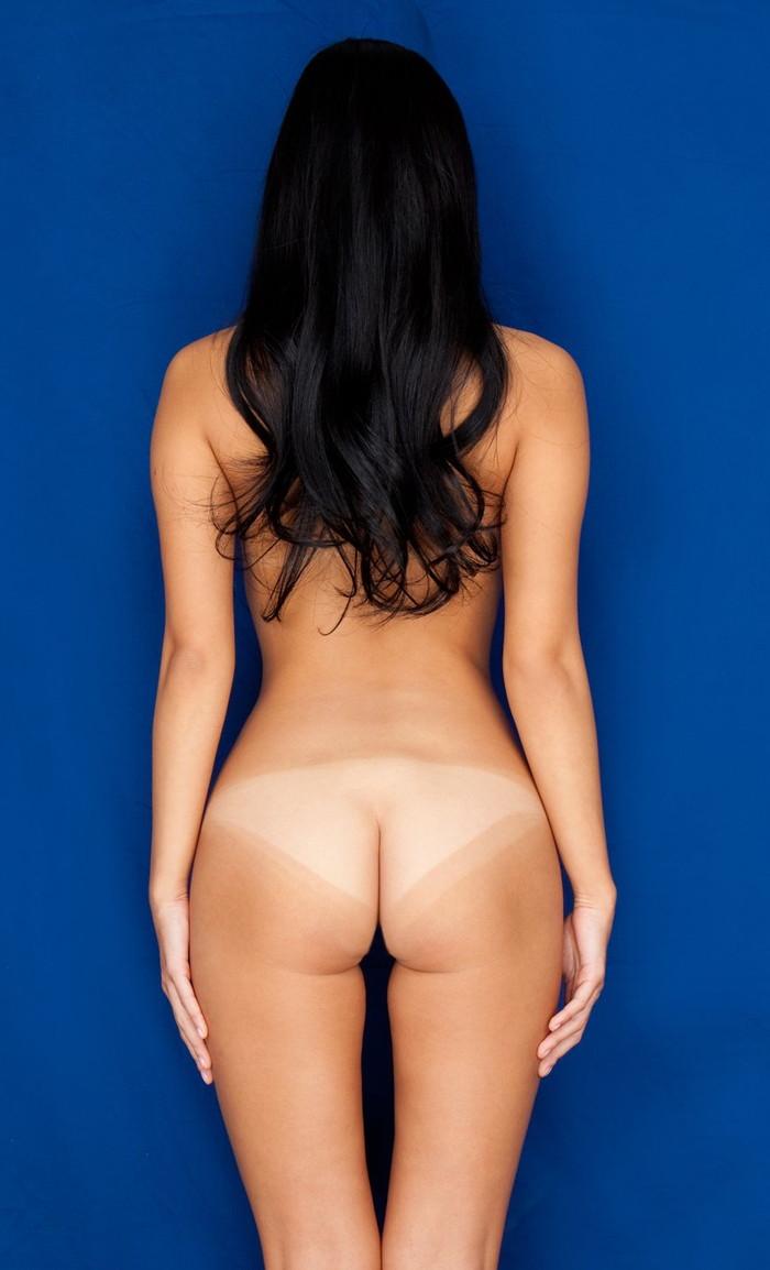 【日焼け跡エロ画像】白と黒のコントラストに彩られた裸体に視線は集中www 19