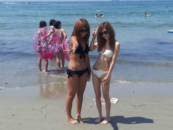 【素人水着エロ画像】素人娘たちのまぶし過ぎる水着姿にフル勃起!