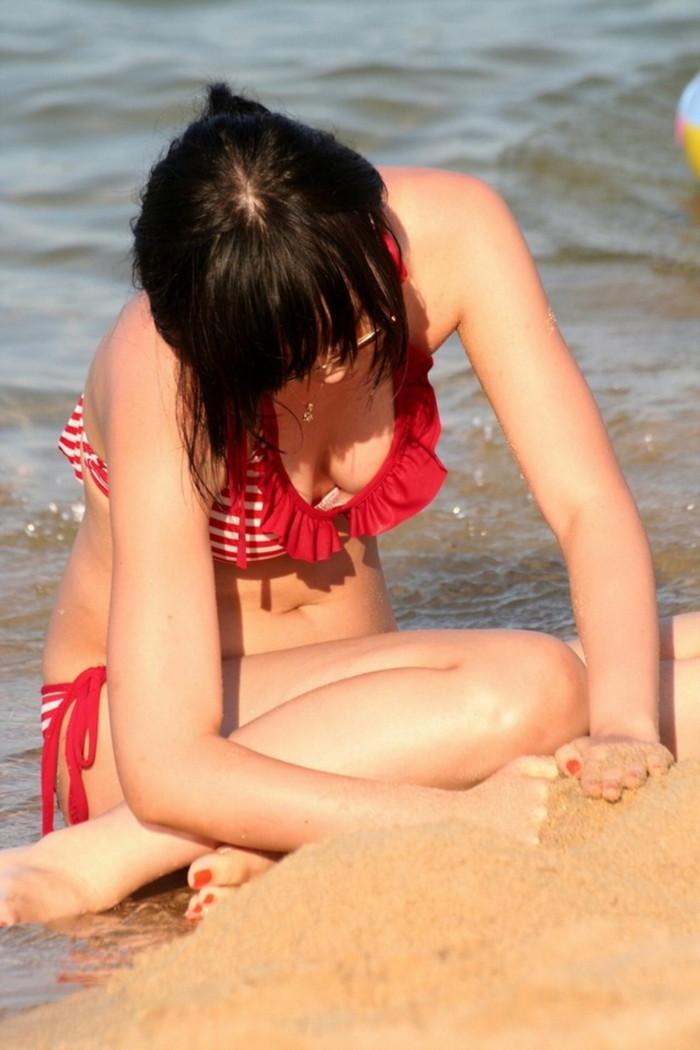 【素人水着エロ画像】素人娘たちのまぶし過ぎる水着姿にフル勃起! 20