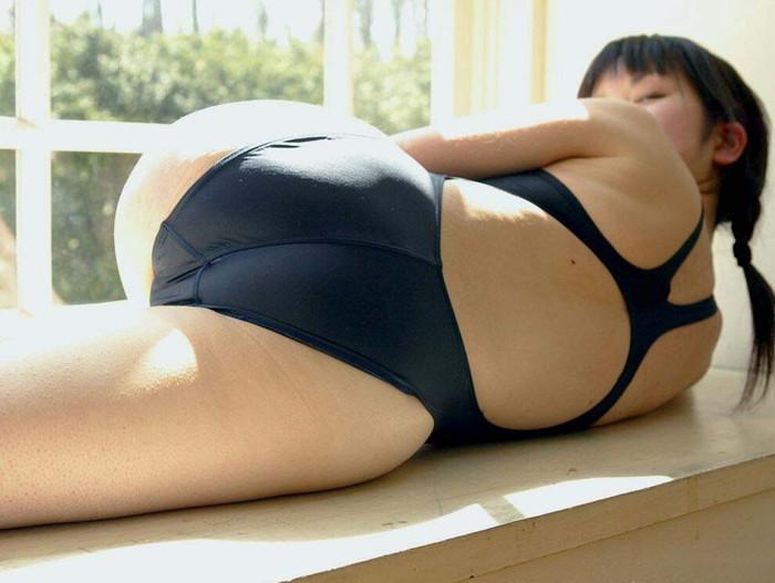 【競泳水着エロ画像】こんなエロい水着が競泳用だと…!?エロ過ぎて草生えたww 05