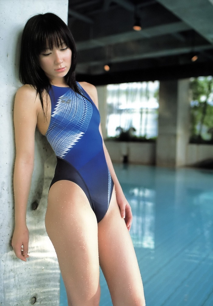 【競泳水着エロ画像】こんなエロい水着が競泳用だと…!?エロ過ぎて草生えたww 12