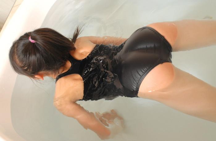 【スク水エロ画像】スクール水着好きなやつ寄ってこい!新スク水から旧スク水までw 12