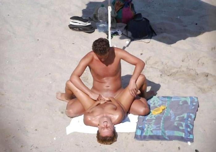 【大陸産セックスエロ画像】大胆なセックス!やっぱり海外のスケールはでかい! 08
