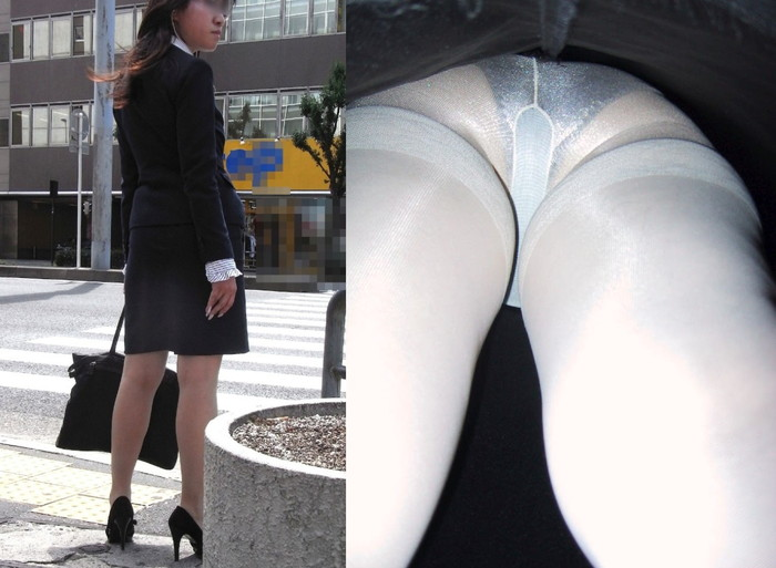 【パンチラ逆さ撮りエロ画像】女の子のスカートの中身を直下から狙い撃ち! 23