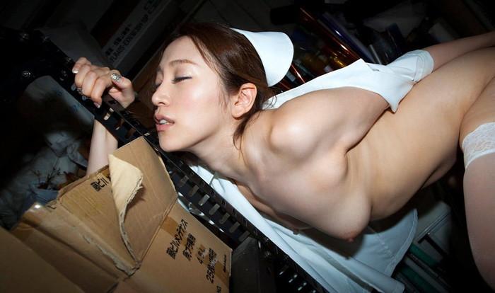 【ナースコスプレエロ画像】こんな看護婦のいる病院って素晴らしいと思うんだwww 04