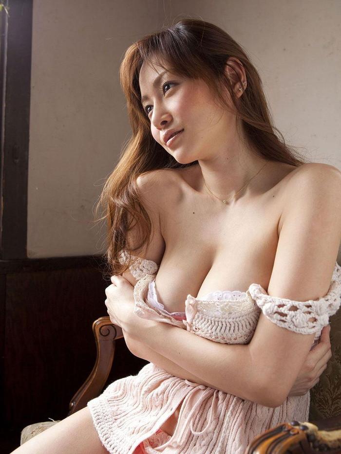 【美熟女エロ画像】この雰囲気に悩殺されそう!美熟女たちのエロ画像集! 15