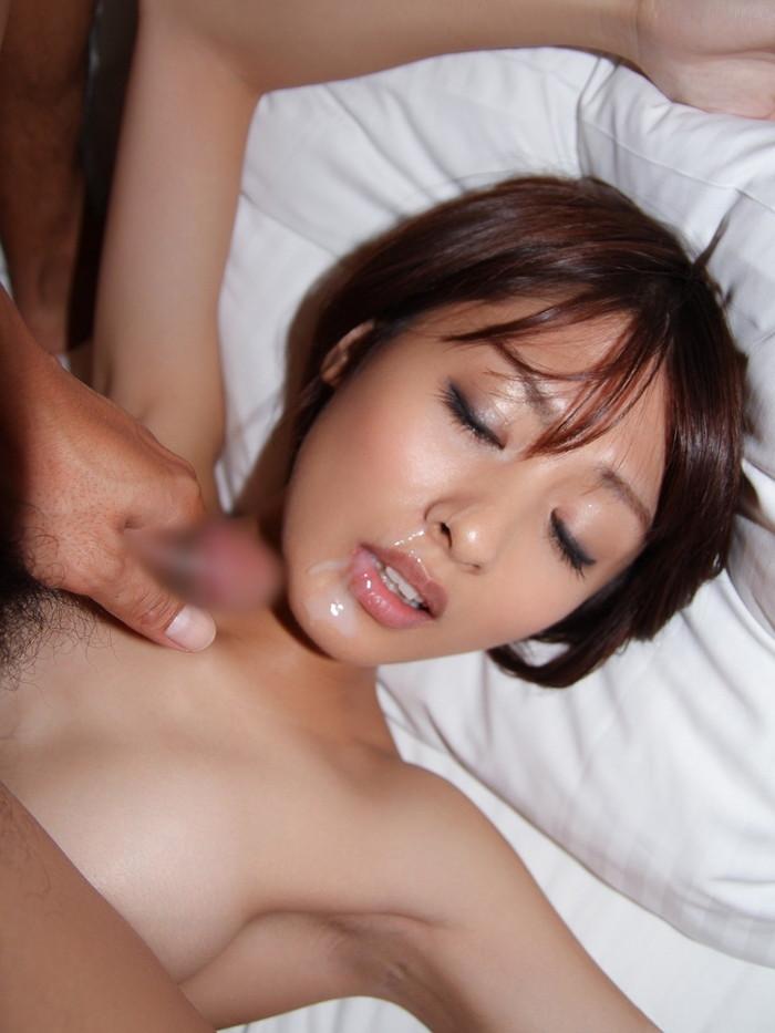 【顔射エロ画像】精液にまみれた女の子の表情が勃起不可避の破壊力! 18