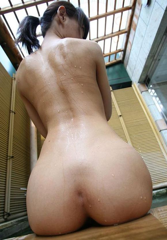 【美尻エロ画像】勃起確定!美しい女の子のお尻って何時間見ていても飽きない! 04