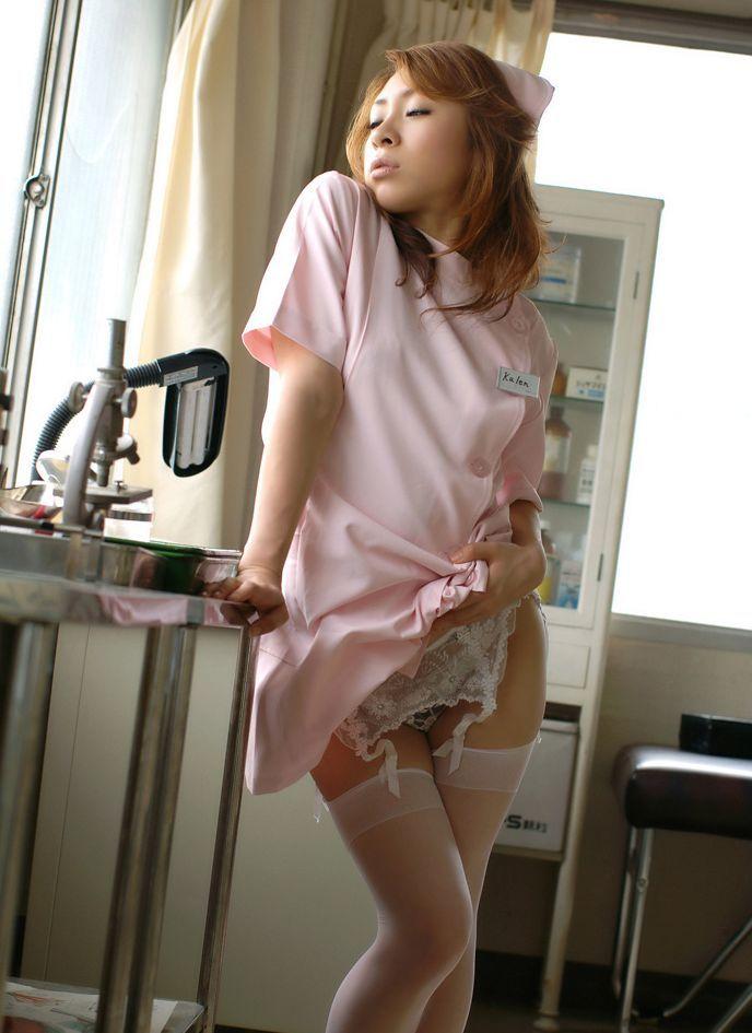【ナースエロ画像】白衣の天使特集!こんなエロいナースなら入院してもいい! 09