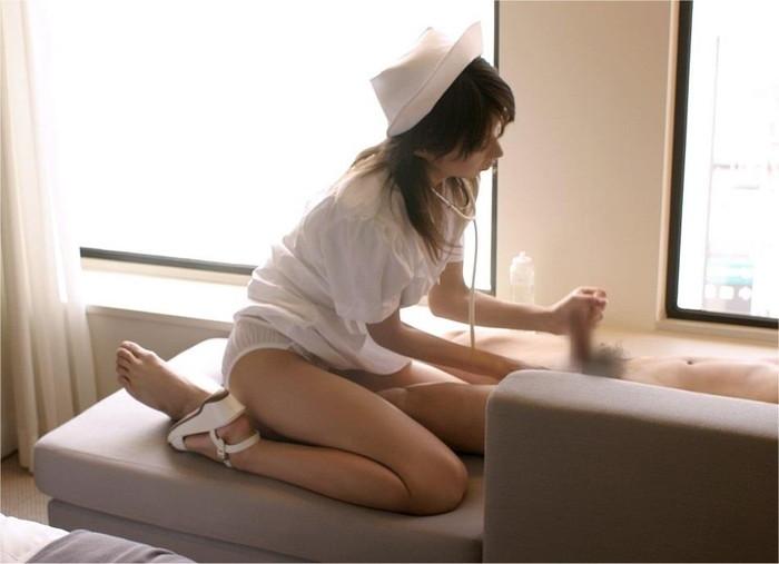 【ナースエロ画像】白衣の天使特集!こんなエロいナースなら入院してもいい! 27