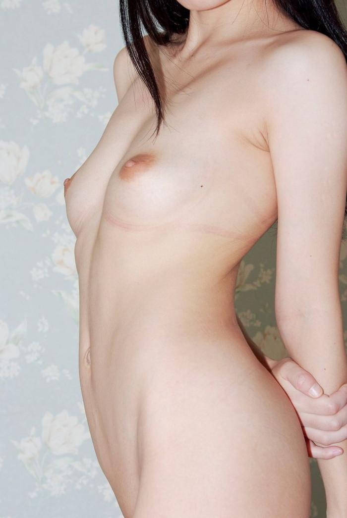 【ちっぱいエロ画像】ちっぱいが好き!っていう男が増えているって事実なのか!?w 24