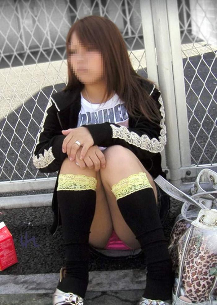 【パンチラエロ画像】見せる前提ではない素人娘たちの偶然のエロスが最高! 07