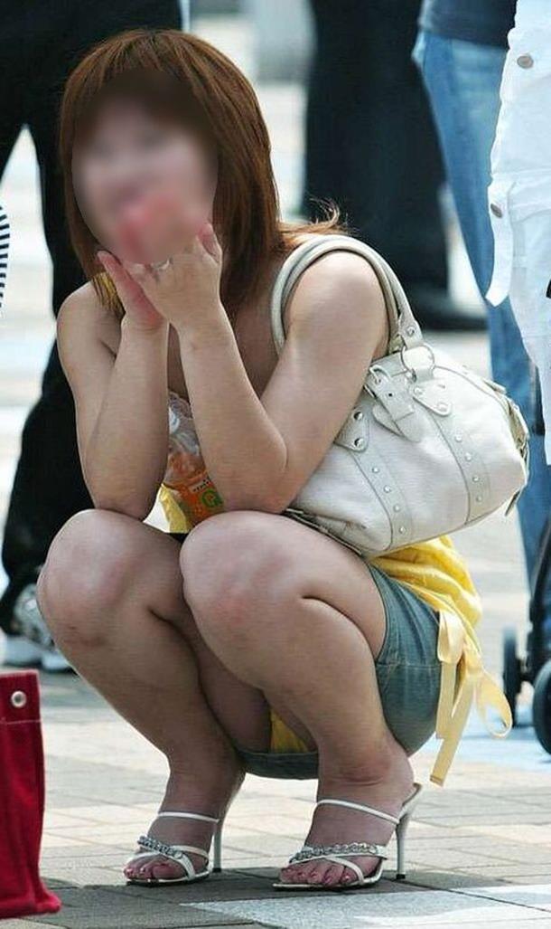 【パンチラエロ画像】見せる前提ではない素人娘たちの偶然のエロスが最高! 26