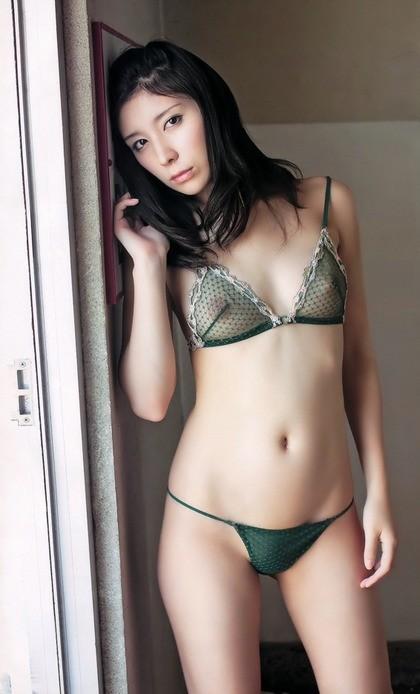 【シースルー下着エロ画像】まるで全裸!?スケスケのシースルー下着の女の子! 19