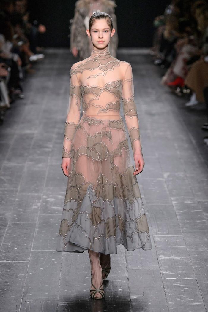 【ファッションショーエロ画像】これストリップじゃなくて、ファッションショーだからな!? 16