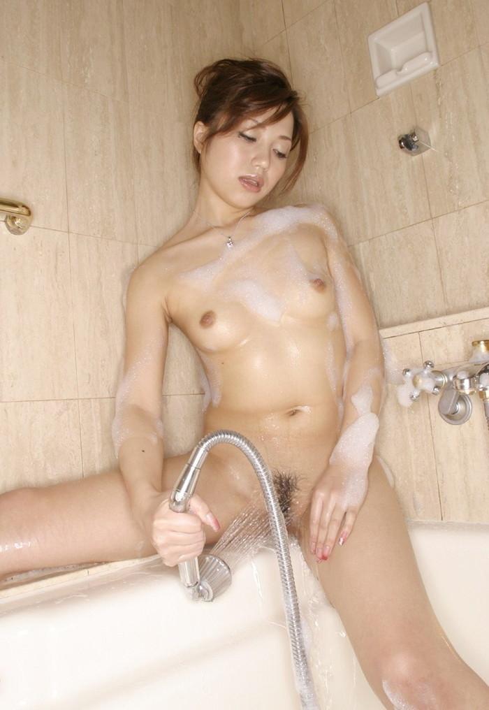 【入浴エロ画像】たまには女の子がお風呂に入ってる画像も見たいよな!? 22