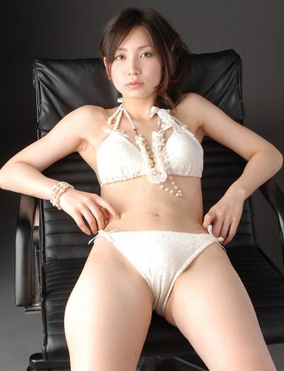 【マンスジエロ画像】オマンコの形が浮き彫り!?卑猥なマンスジ画像集めたったw 23
