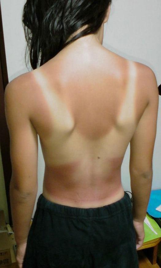 【日焼け跡エロ画像】なんで日焼け跡ってこんなにエロく見えるんだろう!?www 13
