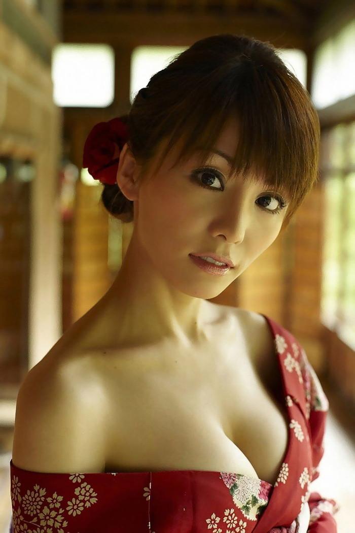 【和服エロ画像】日本の心はここにあり!和服姿の女の子たちのエロス! 16