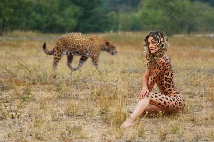 【ボディーペイントエロ画像】全裸より厭らしいボディーペイントが過激で草w 14