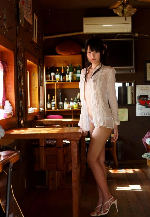【シースルーエロ画像】スッケスケの着衣が破廉恥すぎるシースルー特集 表紙