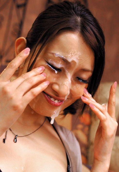 【顔射エロ画像】大好きな女の子の顔を自分の精子で汚すという征服感! 15