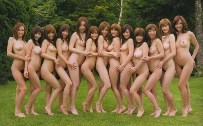 【複数ヌードエロ画像】好みは人それぞれって言うから裸の女の子並べてみた結果w 18