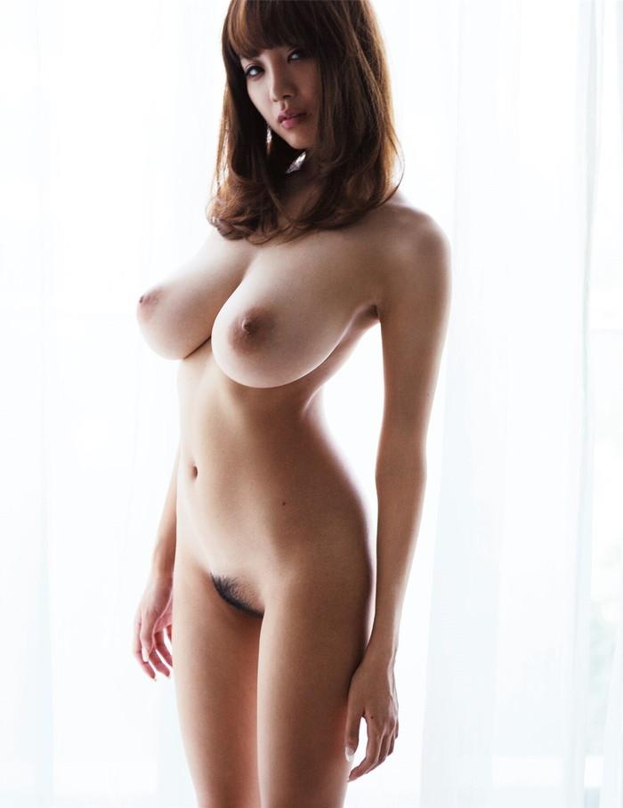 【巨乳エロ画像】こんな巨乳が好き!っていうヤツ多いんじゃないか?巨乳特集! 20