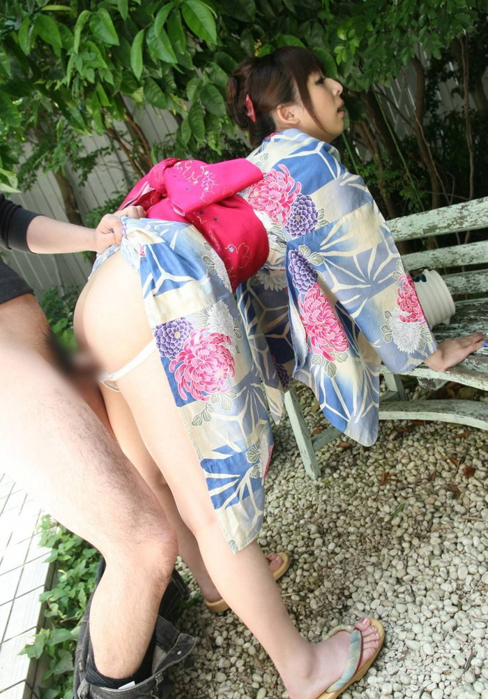 【和服エロ画像】日本の心といえば和服!?そんな和服でのエロ画像集めたったww 10