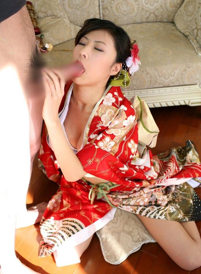 【和服エロ画像】日本の心といえば和服!?そんな和服でのエロ画像集めたったww 20