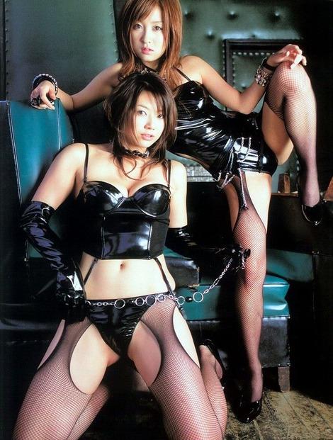 【ボンテージエロ画像】SMクラブでは女王様ファッションとしてお約束のコスチューム! 04