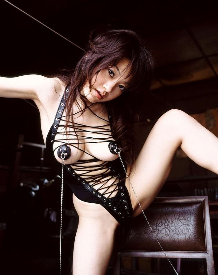 【ボンテージエロ画像】SMクラブでは女王様ファッションとしてお約束のコスチューム! 20