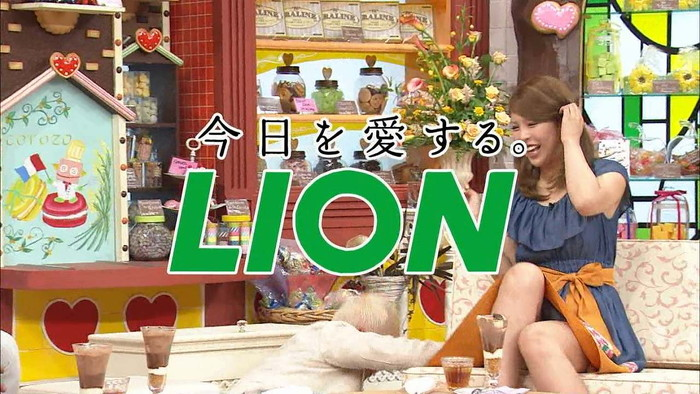 【放送事故エロ画像】親とテレビ見ててこんなシーンが流れたら気まずいんだがwww 16