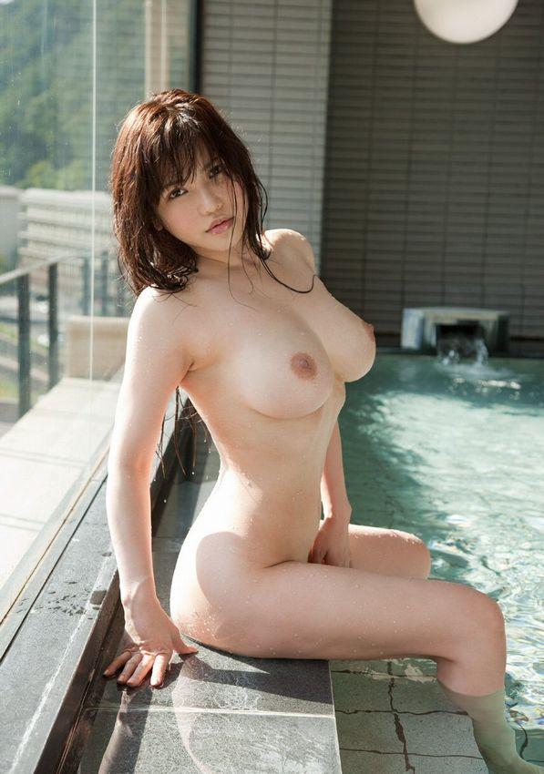 【入浴エロ画像】女の子が全裸で入浴している姿にフル勃起不可避! 05