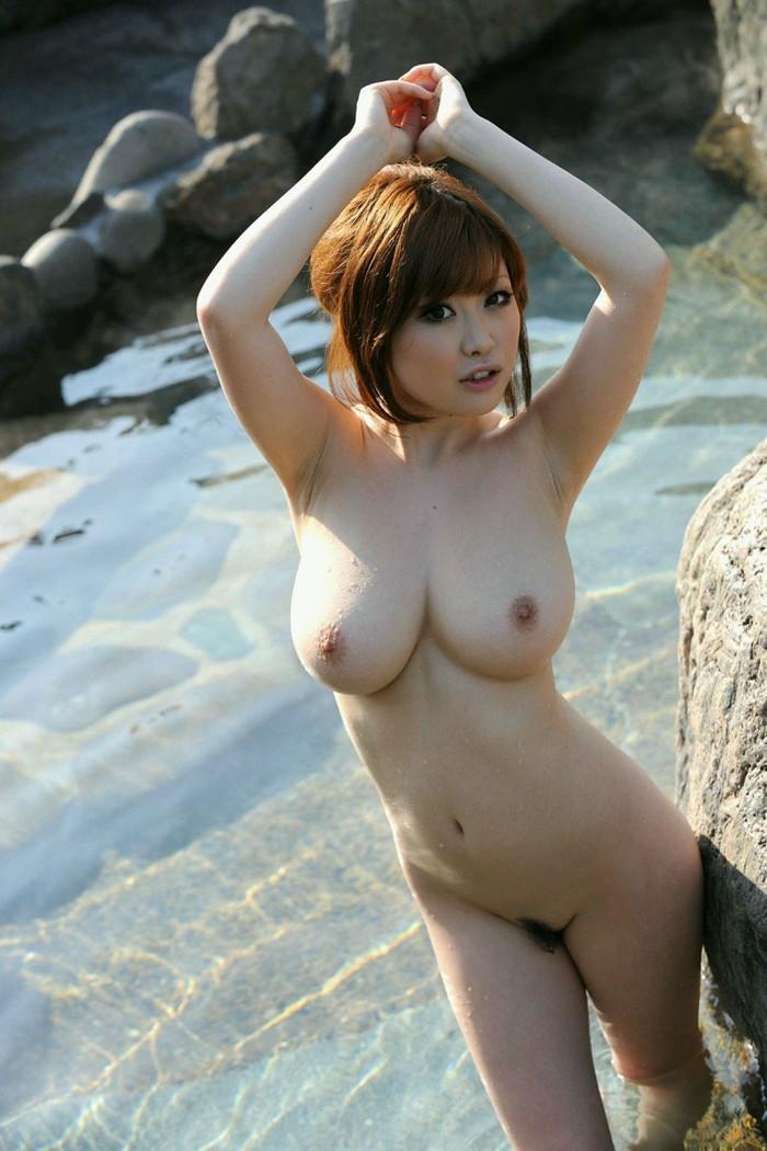 【入浴エロ画像】女の子が全裸で入浴している姿にフル勃起不可避! 11