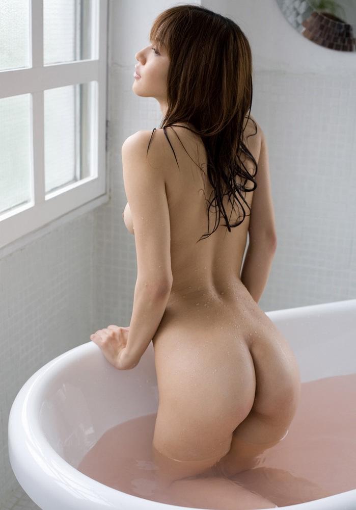 【入浴エロ画像】女の子が全裸で入浴している姿にフル勃起不可避! 13