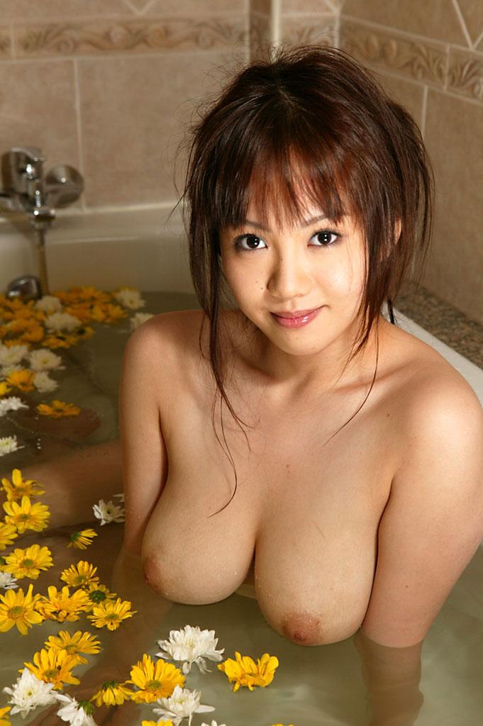 【入浴エロ画像】女の子が全裸で入浴している姿にフル勃起不可避! 24