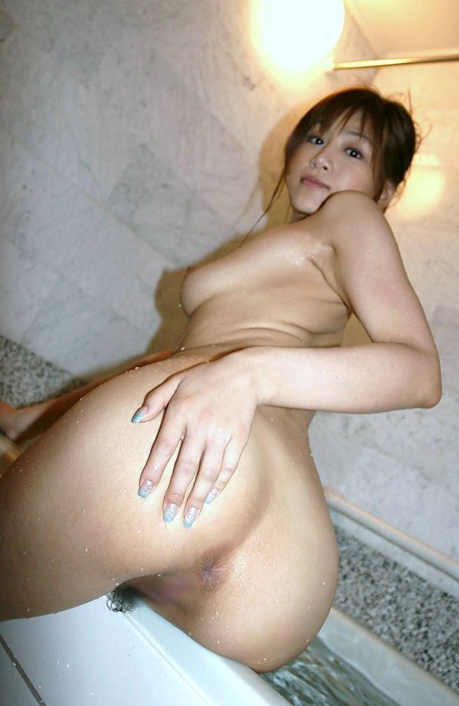 【アナルエロ画像】オマンコよりも恥ずかしい?アナルを見せ付ける女子! 24