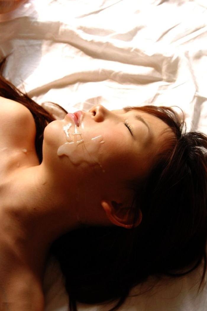 【顔射エロ画像】女の子の顔面を精子で汚す顔射という行為の画像集めたったw 18