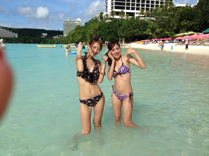 【素人水着エロ画像】素人娘たちの生々しい水着姿に勃起不可避!www 11