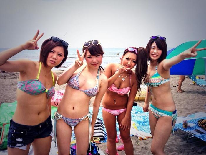 【素人水着エロ画像】素人娘たちの生々しい水着姿に勃起不可避!www 16