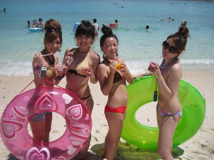 【素人水着エロ画像】素人娘たちの生々しい水着姿に勃起不可避!www 21