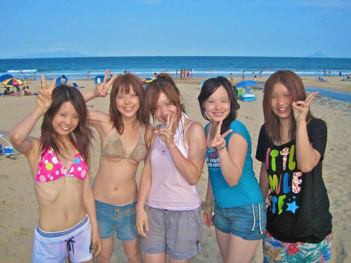 【素人水着エロ画像】素人娘たちの生々しい水着姿に勃起不可避!www 27