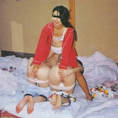 【悪ノリエロ画像】ノリとイキオイだけでエロ設営してしまった女の子たち! 24