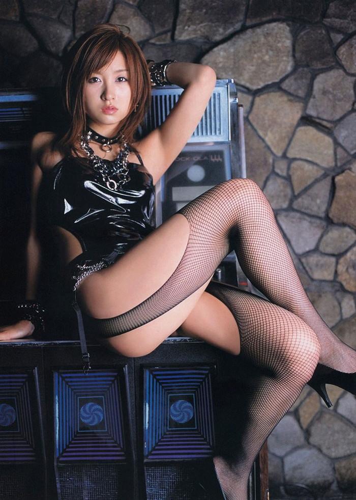 【ボンテージエロ画像】クールandセクシーなボンテージに身を包んだ女の子! 23