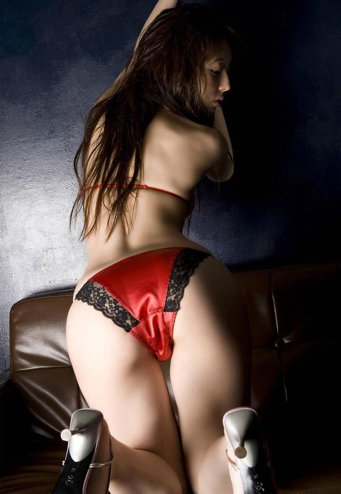 【セクシーランジェリーエロ画像】セクシーさに重点を置いた女性下着、さすがだなw 04